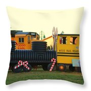 Mississippi Christmas 14 Throw Pillow