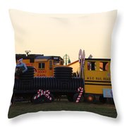 Mississippi Christmas 15 Throw Pillow