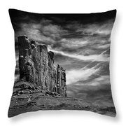 Monument Valley 011 Throw Pillow