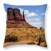 Monument Valley - Elephant Butte Throw Pillow