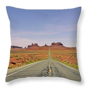 Monument Valley - The Classic View Throw Pillow
