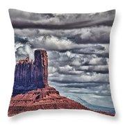 Monument Valley Ut 6 Throw Pillow