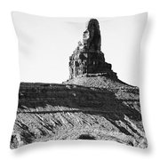 Monument Valley -utah V11 Throw Pillow