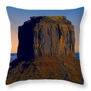 Monument Valley -utah V14 Throw Pillow