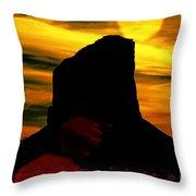 Monument Valley -utah V2 Throw Pillow