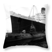 Morning Fog Russian Sub And Queen Mary 01 Bw Throw Pillow