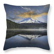Mount Hood At Trillium One Early Morning Throw Pillow