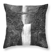 Multnomah Double Falls - Bw Throw Pillow