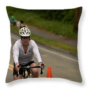 Nashua Sprint Y-tri Focused Throw Pillow