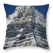 1m3645-ne Face Howse Peak-v Throw Pillow