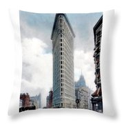 New York City - The Flatiron Building - Fifth Avenue - 1904 Throw Pillow