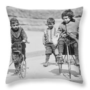 New York Street Kids - 1909 Throw Pillow