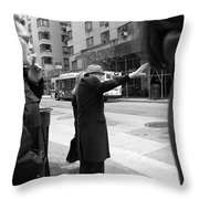New York Street Photography 16 Throw Pillow