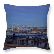 Night Falling Over The East River - Manhattan Throw Pillow