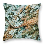 Northern Fence Lizard Throw Pillow