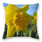 Now That's A Daffodil Throw Pillow