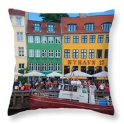 Nyhavn 17 Throw Pillow