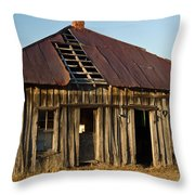 Oalold House Place Arkansas Throw Pillow