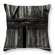 Old Barn Door - Bw Throw Pillow
