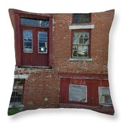 Old Cannery In Belfast Maine Img 6132 Throw Pillow