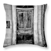 Old Door - Bw Throw Pillow