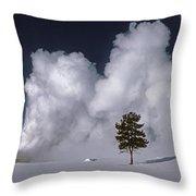 3m09137-02-old Faithful Geyser 2 Throw Pillow