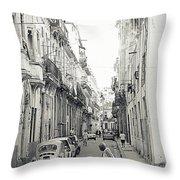 Old Habana Throw Pillow