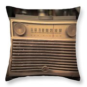 Old Rca Victor Antique Vintage Radio Throw Pillow