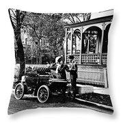 Oldsmobile, 1907 Throw Pillow