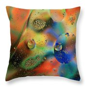 Olej I Woda 1 Throw Pillow