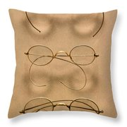 Optometrist - Simple Gold Frames Throw Pillow