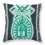 Order Of The 20th Anniversary Release 17 November 1940 To 1960 Patriam Servando Victoriam Tulit Throw Pillow
