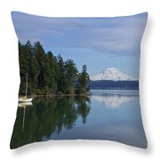 Oro Bay IIi Throw Pillow