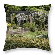 Perola In Park Angerenstein In Arnhem Netherlands Throw Pillow