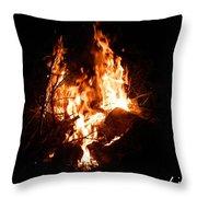 Phoenix Se Levant Des Flammes Throw Pillow