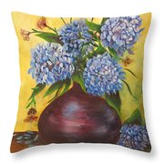 Queens Of Summer Throw Pillow