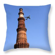 Qutab Minar Minaret - New Delhi - India Throw Pillow