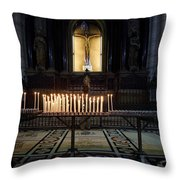 Reaching. Duomo. Milano Milan Throw Pillow