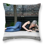 Reading Beauty On The High Line Throw Pillow