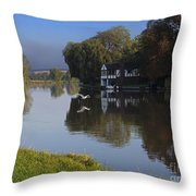 River Thames At Cookham Throw Pillow