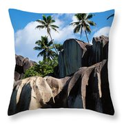 Rock Formations On The Beach, Anse Throw Pillow