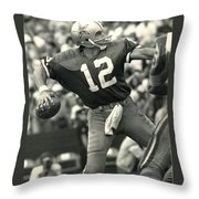 Roger Staubach Vintage Nfl Poster Throw Pillow