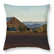 Rogue Valley Barn In Late Afternoon Throw Pillow