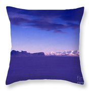 Ross-iceshelf-g.punt-1 Throw Pillow
