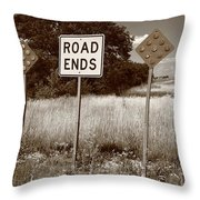 Route 66 - End Of The Road Throw Pillow