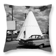 Route 66 - Wigwam Motel 7 Throw Pillow