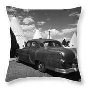 Route 66 Wigwam Motel And Classic Car 5 Throw Pillow