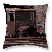 Rusty Truck   #1049 Throw Pillow