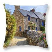Saint-suliac - Brittany Throw Pillow