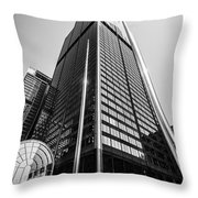 Sears Willis Tower Chicago Black And White Picture Throw Pillow